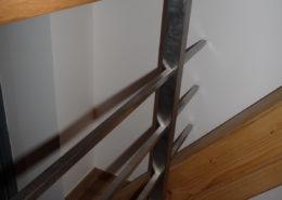 nerezove-zabradli-schodiste-s-podestou_P1050993